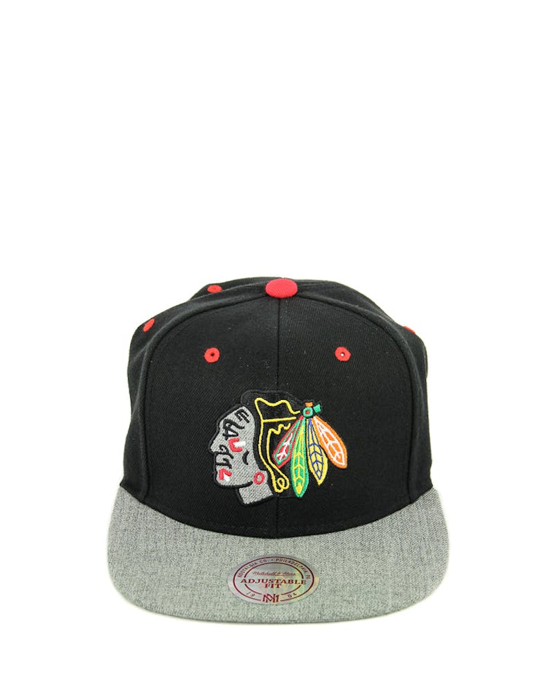 Mitchell & Ness Blackhawks Greytist Snapback Black/grey