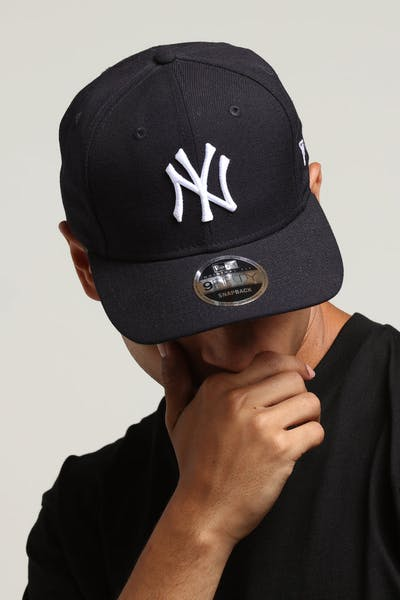 New Era New York Yankees 9FIFTY Original Fit Precurved Snapback Navy