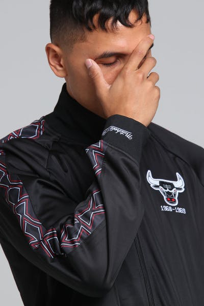 MITCHELL & NESS CHICAGO BULLS PANEL TRACK JACKET BLACK