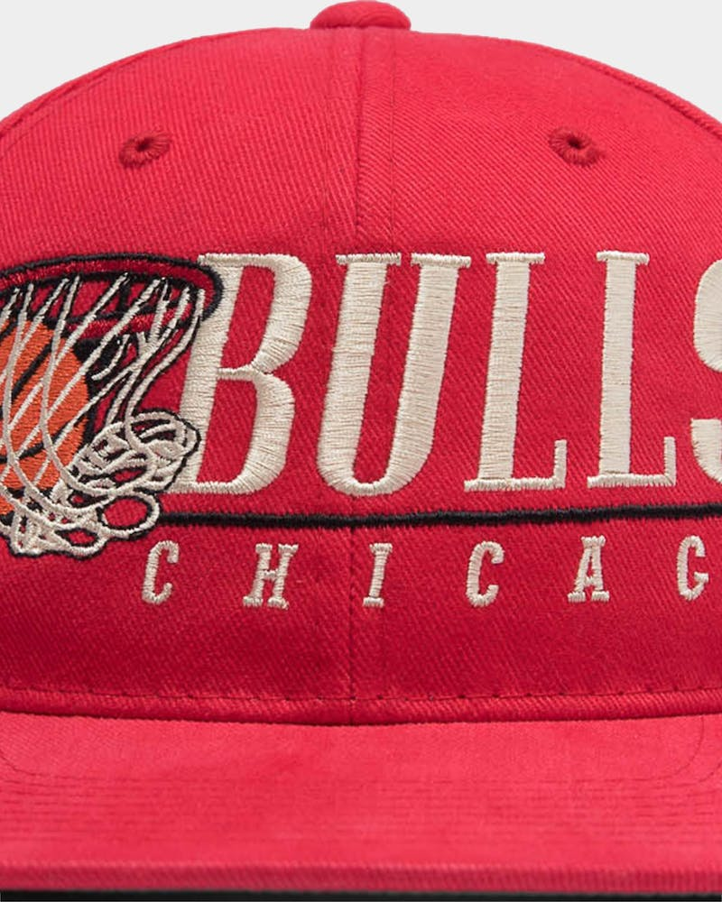 Mitchell & Ness Chicago Bulls Vintage Hoop Snapback Red/OTC