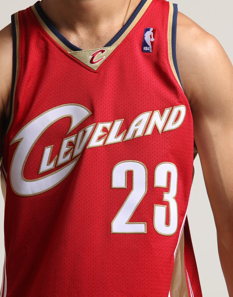 separation shoes 828bc f4ed8 Mitchell & Ness Cleveland Cavaliers '23' LeBron James Hardwood Classics  Authentic Jersey
