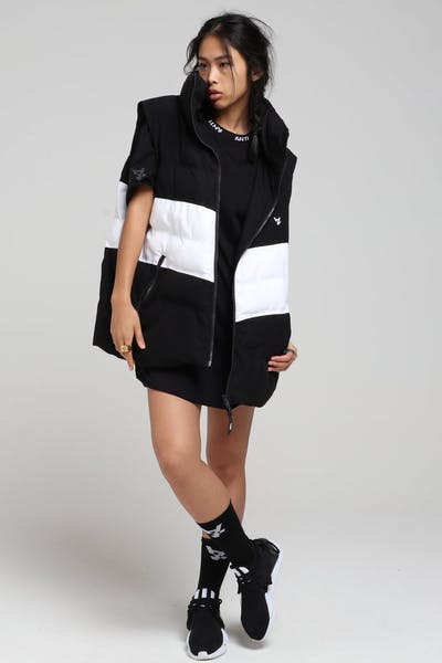 The Anti-Order Non-Das Vest Black/White
