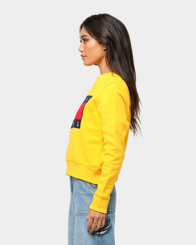 Tommy Jeans Women's TJW Tommy Flag Crew Spectra Yellow