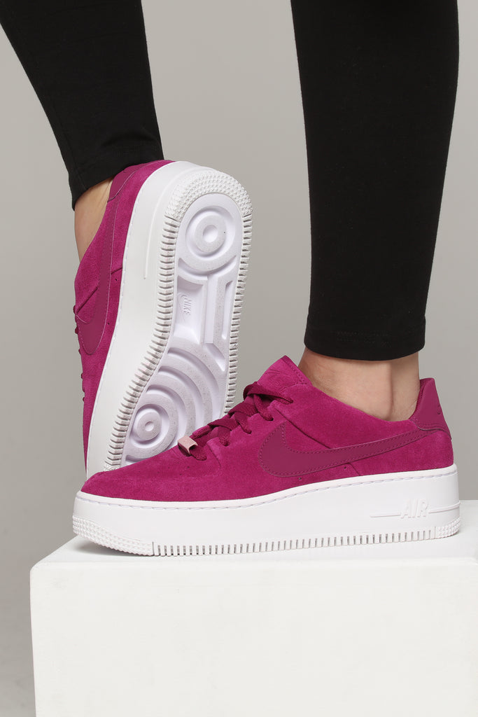 nike lilac air force 1 sage low trainers