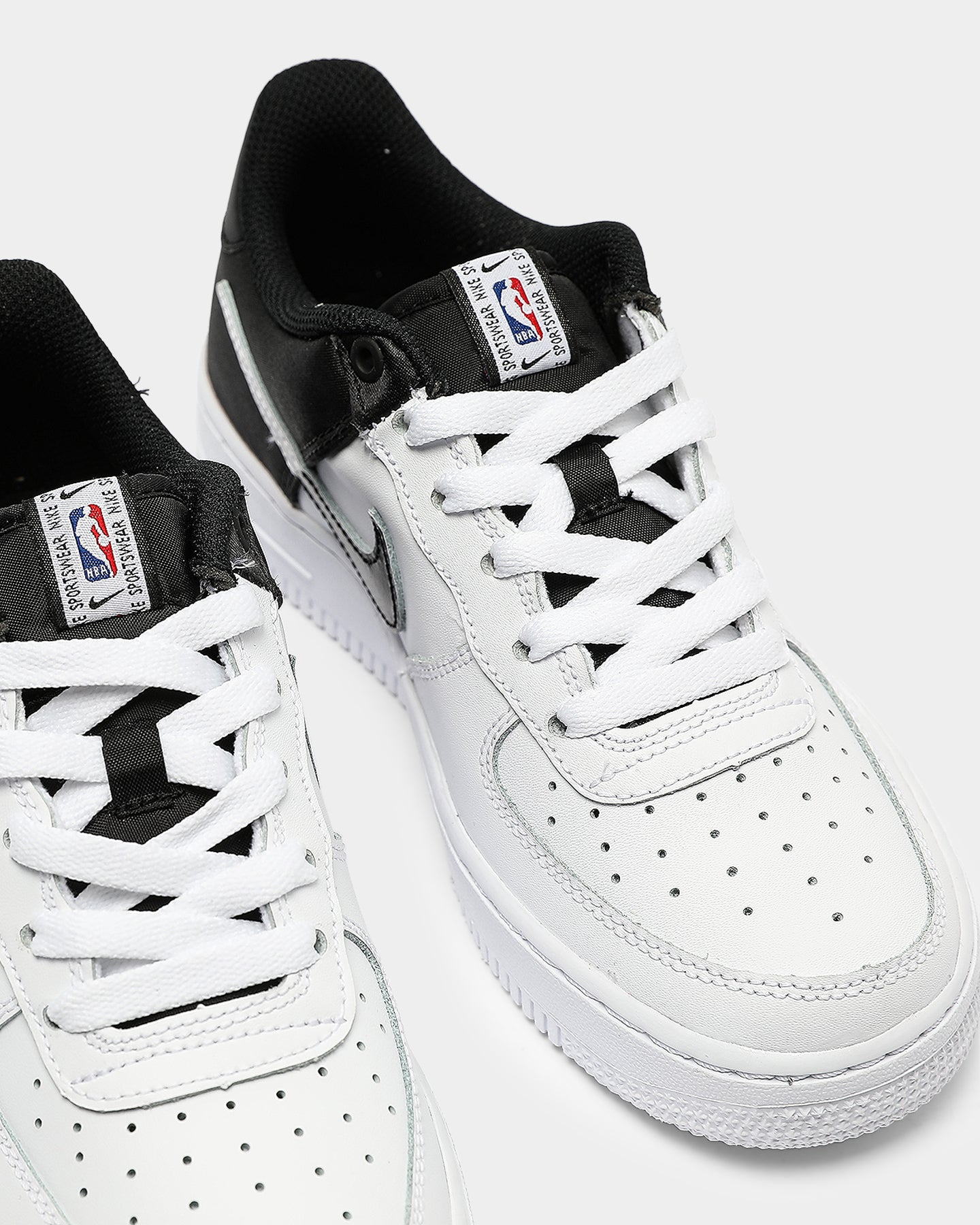 Nike Kids Air Force 1 '07 LV8 1 WhiteBlackWhite