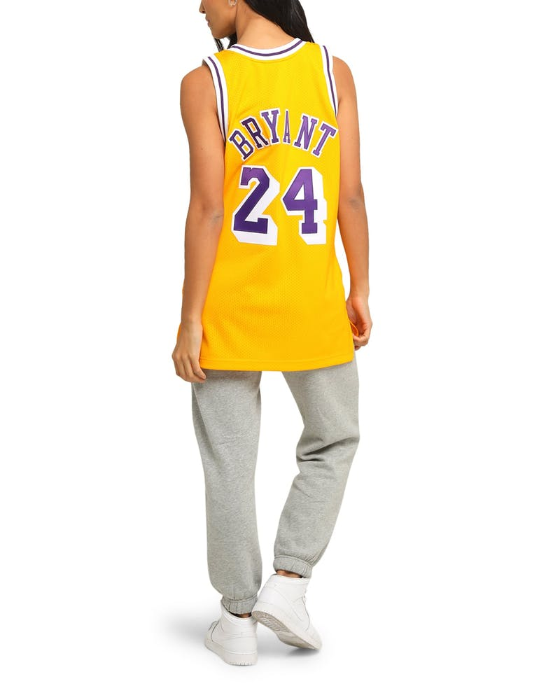 Mitchell & Ness Kobe Bryant #24 '07-'08 Authentic Los Angeles Lakers NBA Jersey Yellow
