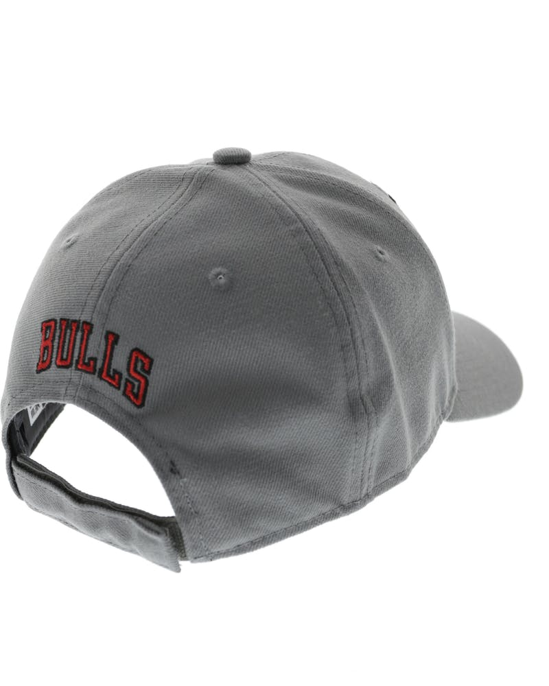 New Era Bulls Storm Velcroback Grey