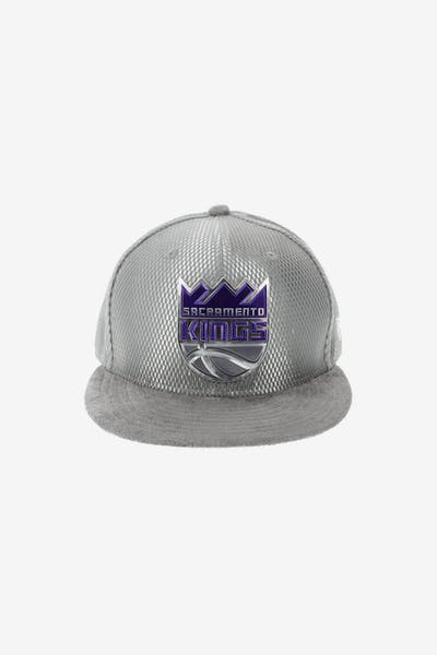 New Era Sacramento Kings 59FIFTY On-Court Collection Draft Grey