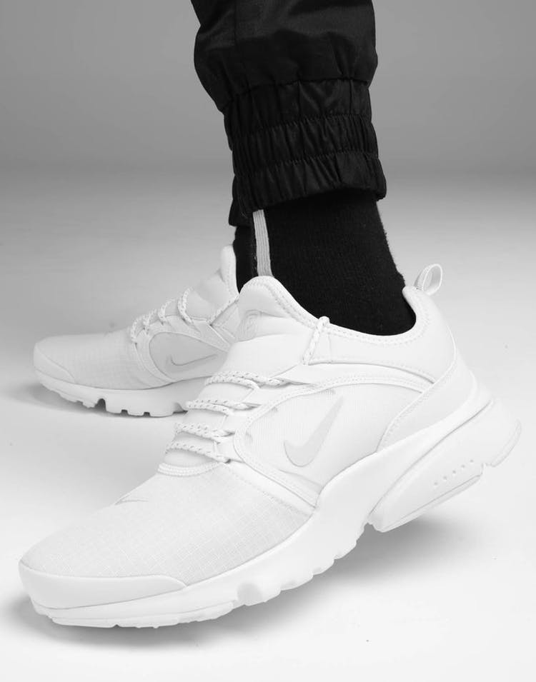 official photos e0488 21325 Nike Presto Fly World White/Platinum