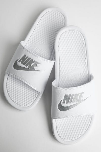 "Nike Benassi ""Just Do It."" White/Silver"