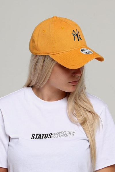 New Era Women's New York Yankees 9TWENTY Strapback Mustard