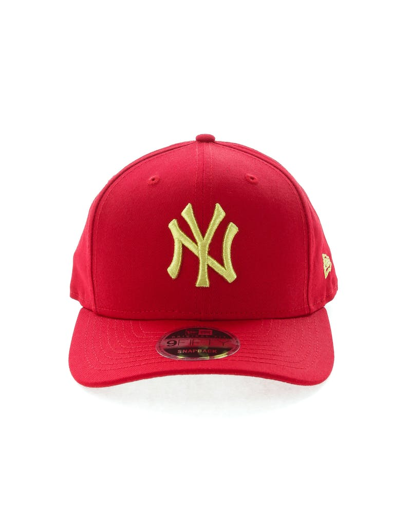 New Era Yankees 9FIFTY Original Fit Precurve Snapback Scarlet/Gold