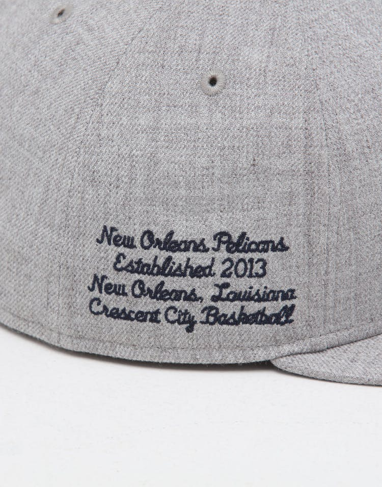 huge discount 9d2c1 b450e New Era New Orleans Pelicans 59FIFTY NBA Draft Fitted Navy OTC