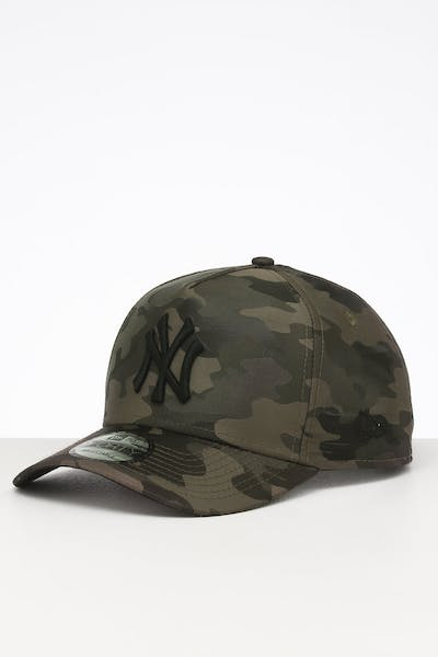 New Era New York Yankees 9FORTY A-Frame Satin Snapback Olive Camo