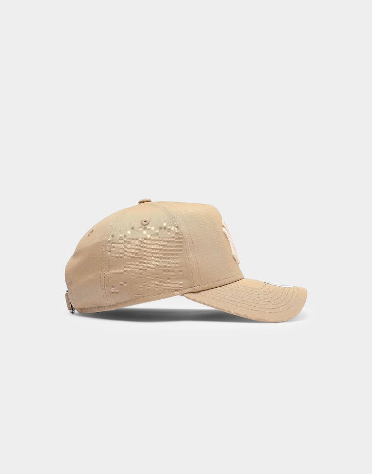 New Era Women's New York Yankees 9FORTY A-Frame Strapback Camel