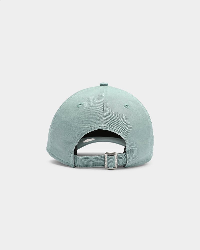 New Era Women's New York Yankees Pastel 9TWENTY Strapback Beach Kiss Blue