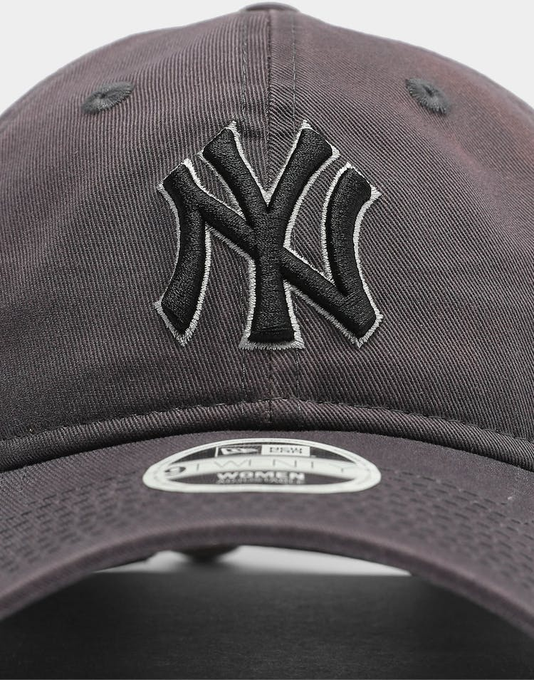 New Era Women's New York Yankees Graphite 9TWENTY MLB Strapback Graph/Dark Graphite
