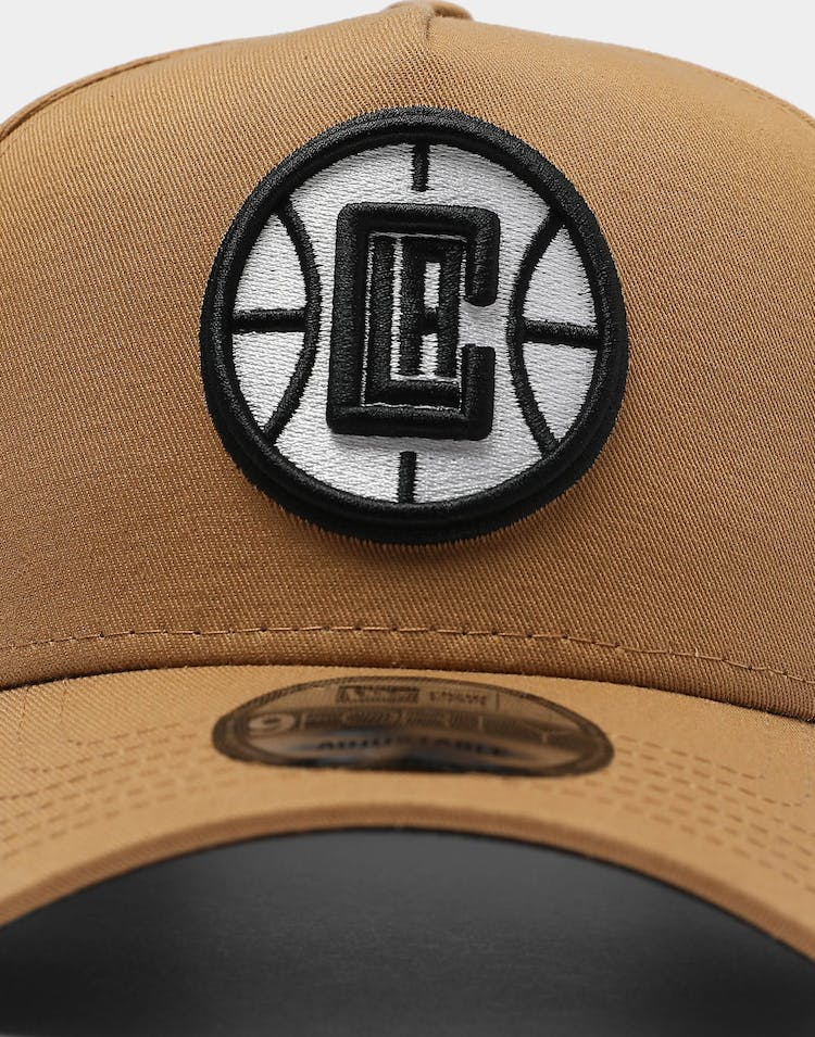 New Era Los Angeles Clippers Circle Logo 9FORTY K-Frame Snapback Wheat