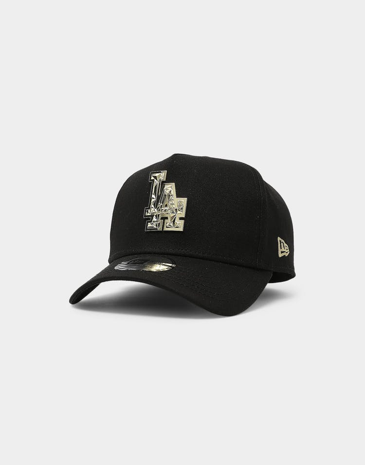 New Era Los Angeles Dodgers Fractured Metal Badge 9FORTY K-Frame Snapback Black/Gold