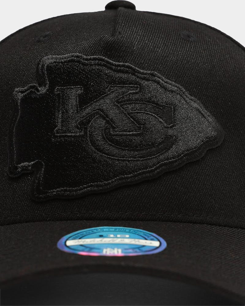 Mitchell & Ness Kansas City Chiefs Interception PP Flex 110 Snapback Black/Black