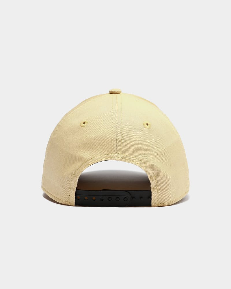 New Era Women's Los Angeles Dodgers 9FORTY Snapback Vegas Gold