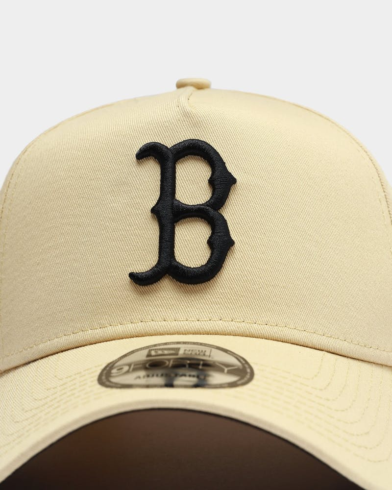 New Era Men's Boston Red Sox 9FORTY A-Frame Snapback Vegas Gold