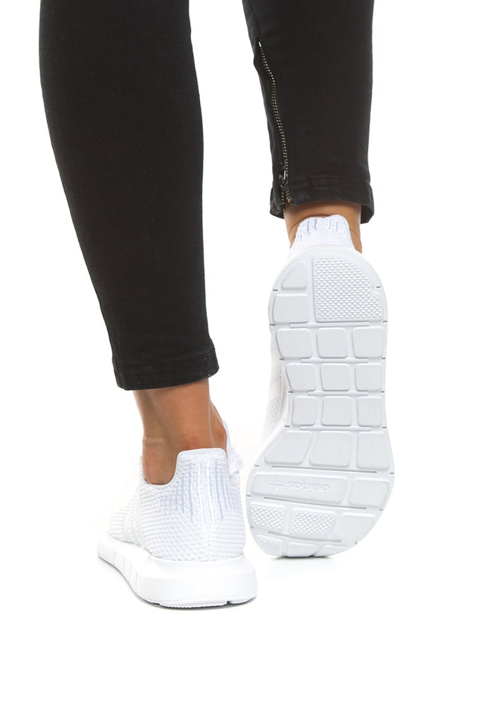 Adidas Originals Women S Swift Run White White Cq2021 Culture