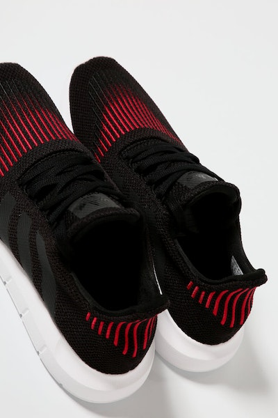Adidas Originals Swift Run Black/White/Red