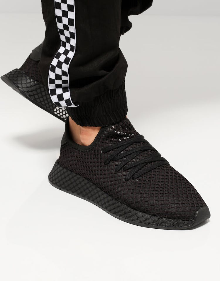 sports shoes 0c470 ab264 Adidas Deerupt Runner Black Black