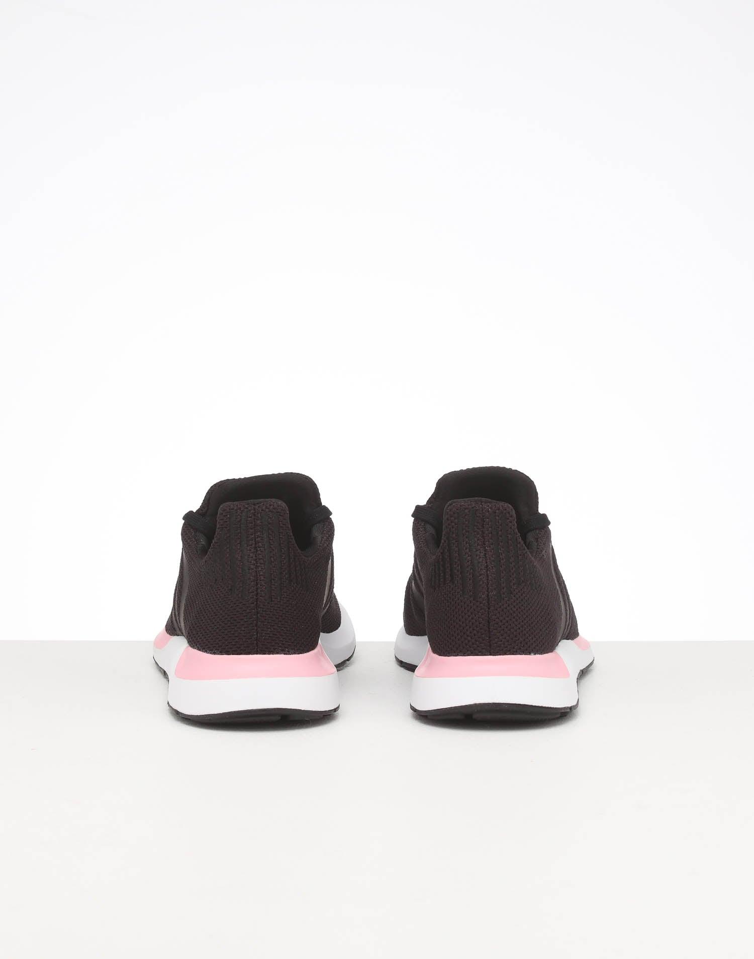adidas swift run black pink