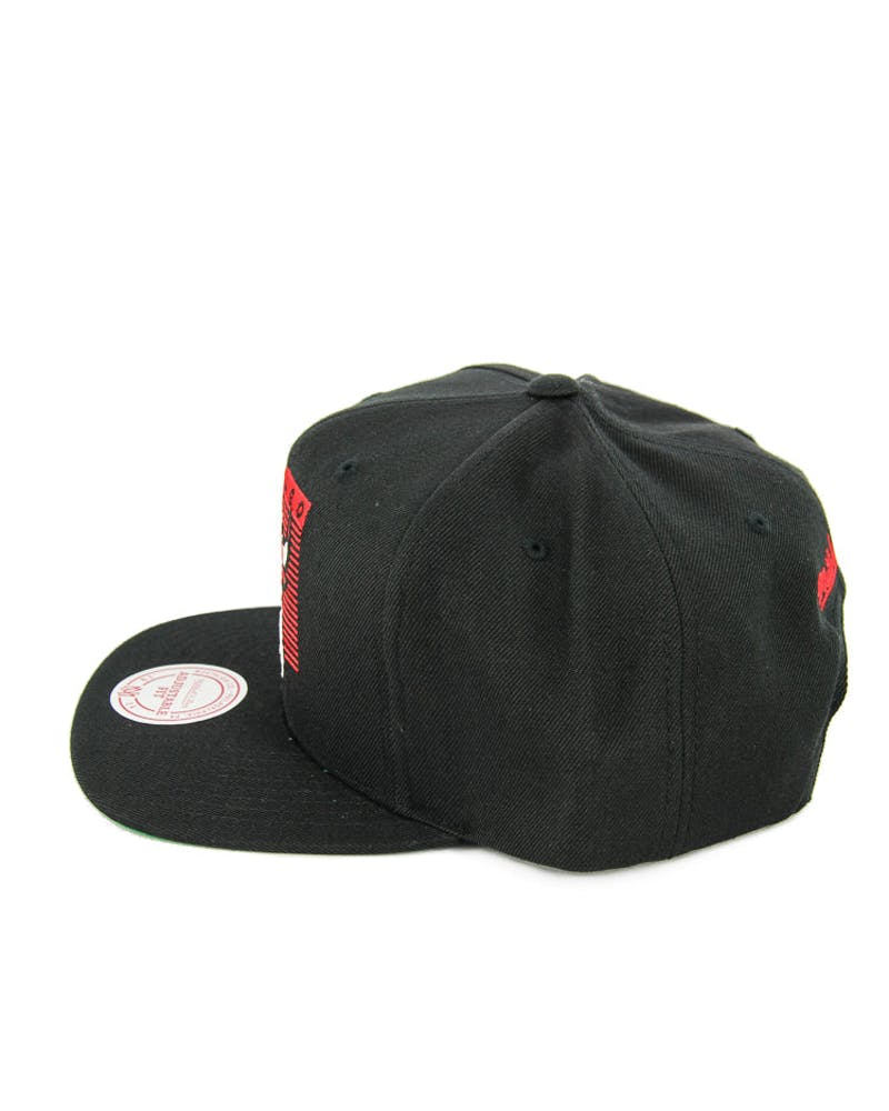 Mitchell & Ness Bulls Easy Three Digital Black/red