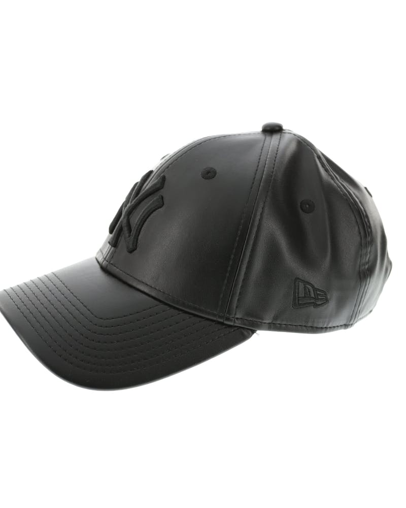 New Era Women's Yankees 9FORTY PU ST Black/black