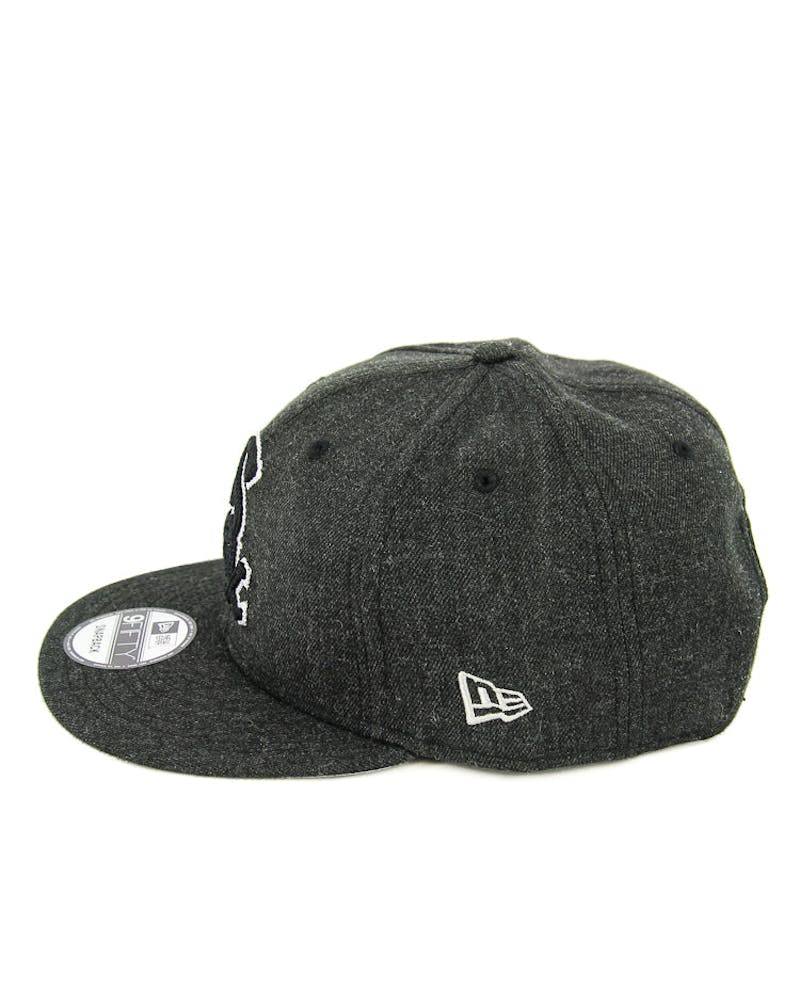 New Era White Sox Heather Crisp Snapback Black/white