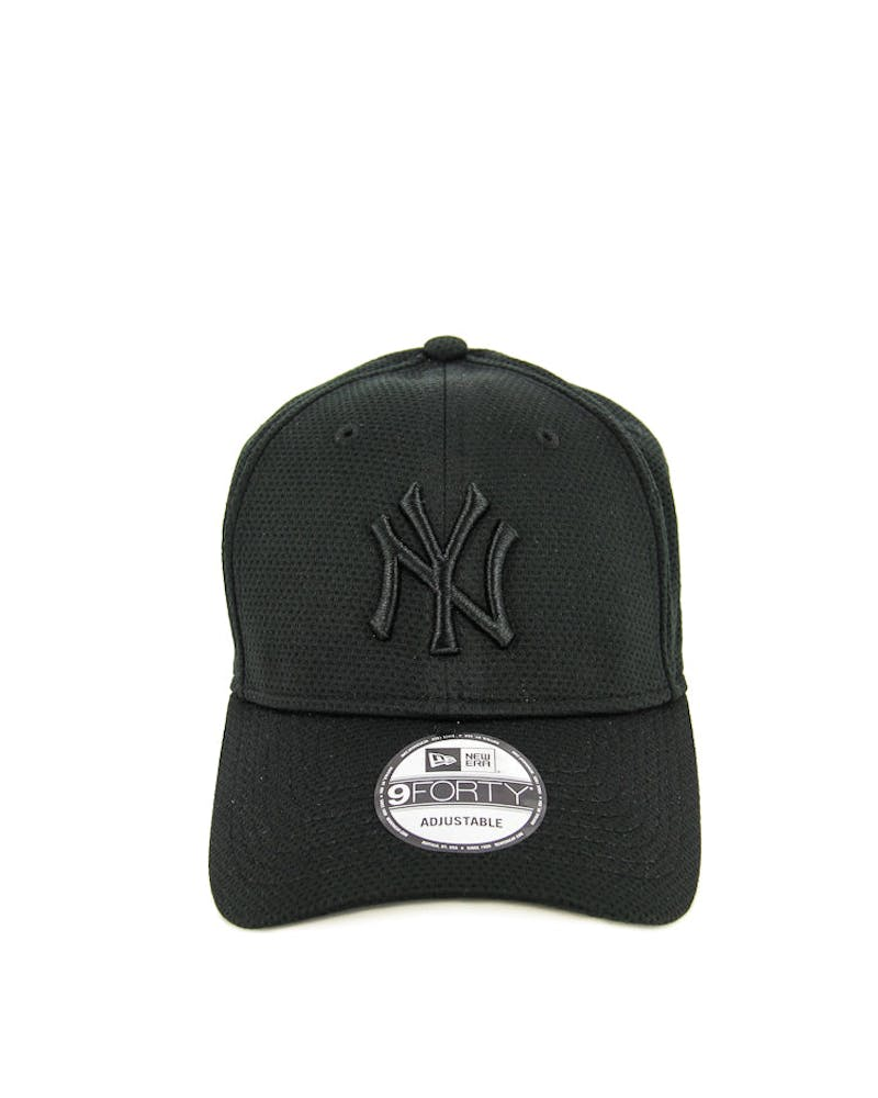 New Era Yankees 9FORTY Perf Mesh VB Black/black