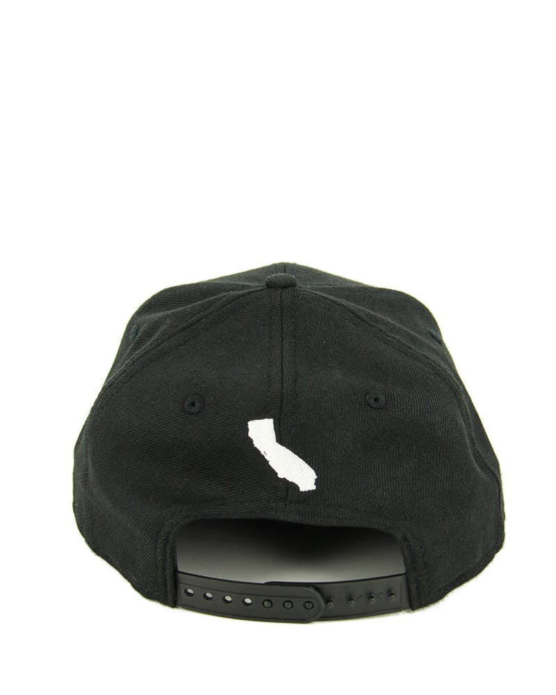 New Era California Script Snapback Black/white