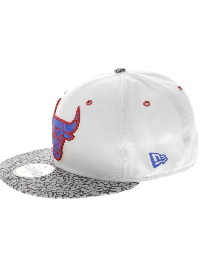 New Era Chicago Bulls Kicks Hook 59FIFTY Fitted White/Grey