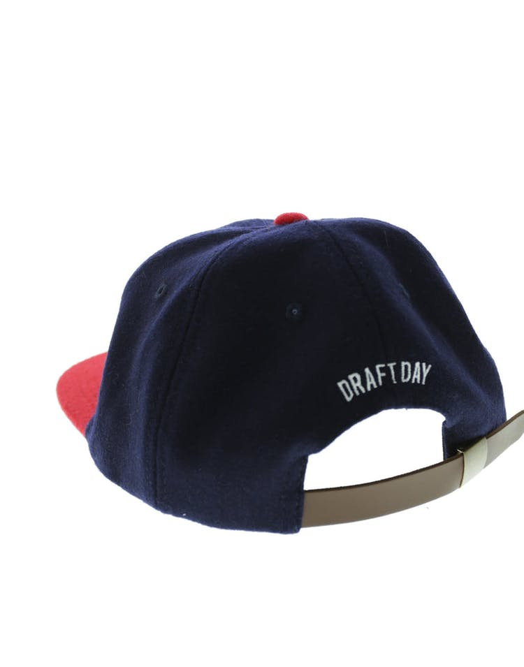 Doug 5 Panel Leather Strapback Nav/r