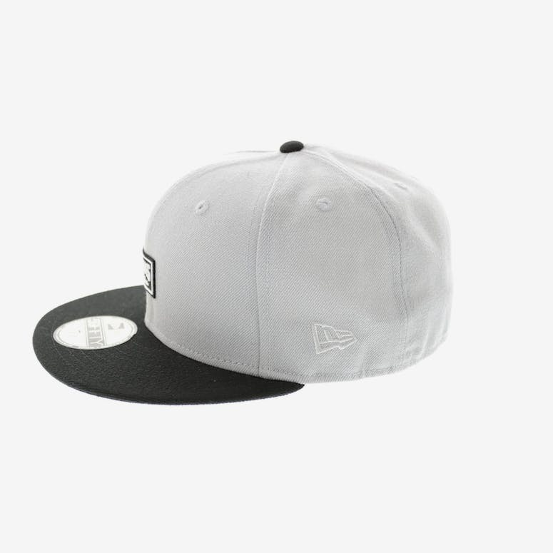 Crooks & Castles Logo Crooks Fitted Cement