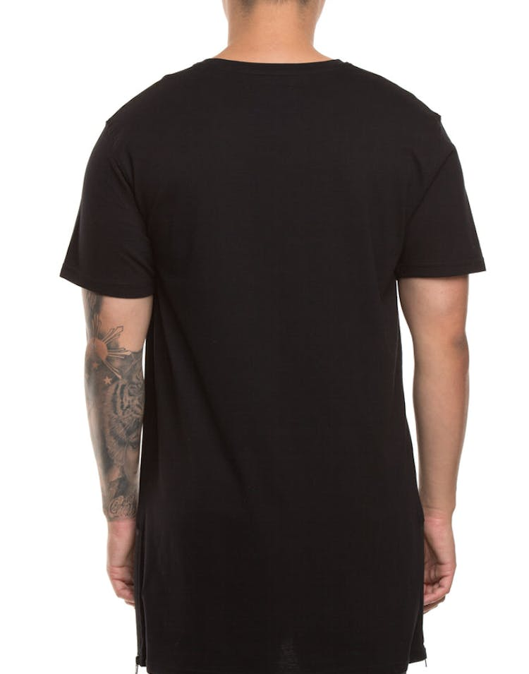 Carré Incline Outline Capone SS Tee Black