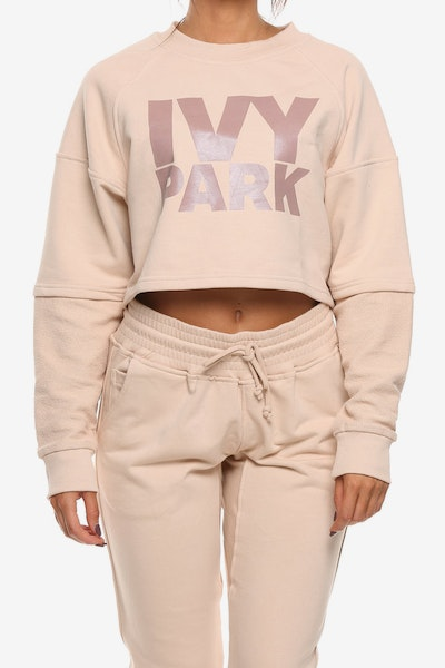 IVY PARK WASHED LOGO CROPPED LS SWEAT PINK