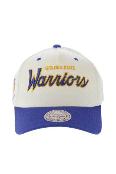 separation shoes 0916c a8895 Mitchell   Ness Golden State Warriors Class Script 110 Snapback Off ...