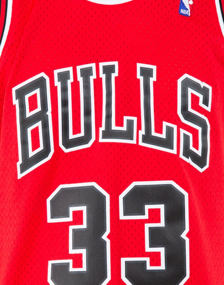 info for 3f84c 813d9 Mitchell & Ness Chicago Bulls Scottie Pippen #33 Swingman Jersey Red/Black