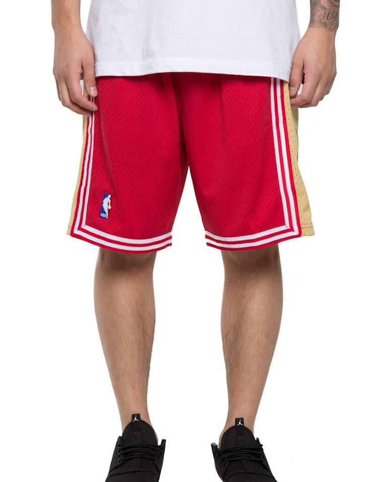 88ccf2d84b0 Mitchell   Ness Cleveland Cavaliers 03 04 Swingman Shorts Red Gold ...