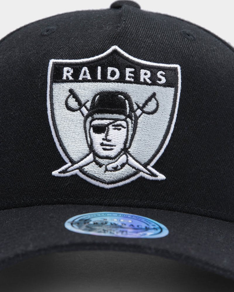Mitchell & Ness Oakland Raiders Team 110 Pinch Snapback Black