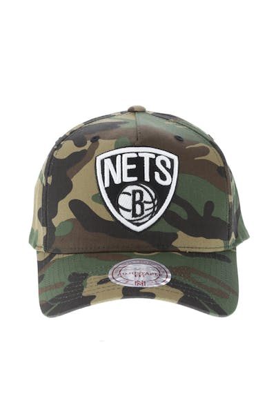 Mitchell & Ness Brooklyn Nets 110 Pinch Snapback Camo
