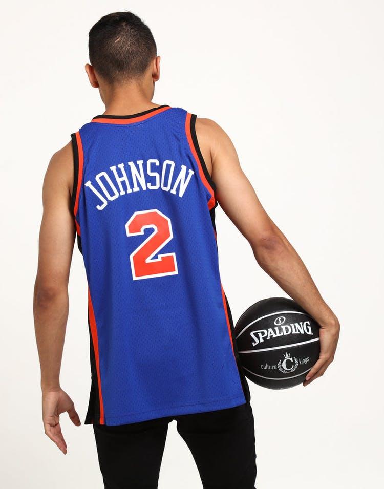 buy online 0bdc6 4e916 Mitchell & Ness New York Knicks Larry Johnson #2 Swingman NBA Jersey Royal