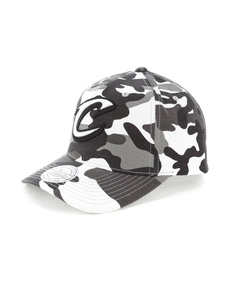 Mitchell & Ness Cleveland Cavaliers 110 Pinch Panel Snapback Camo/Grey