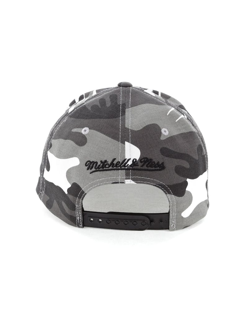 Mitchell & Ness OKC Thunder 110 Pinch Panel Snapback Camo/Grey
