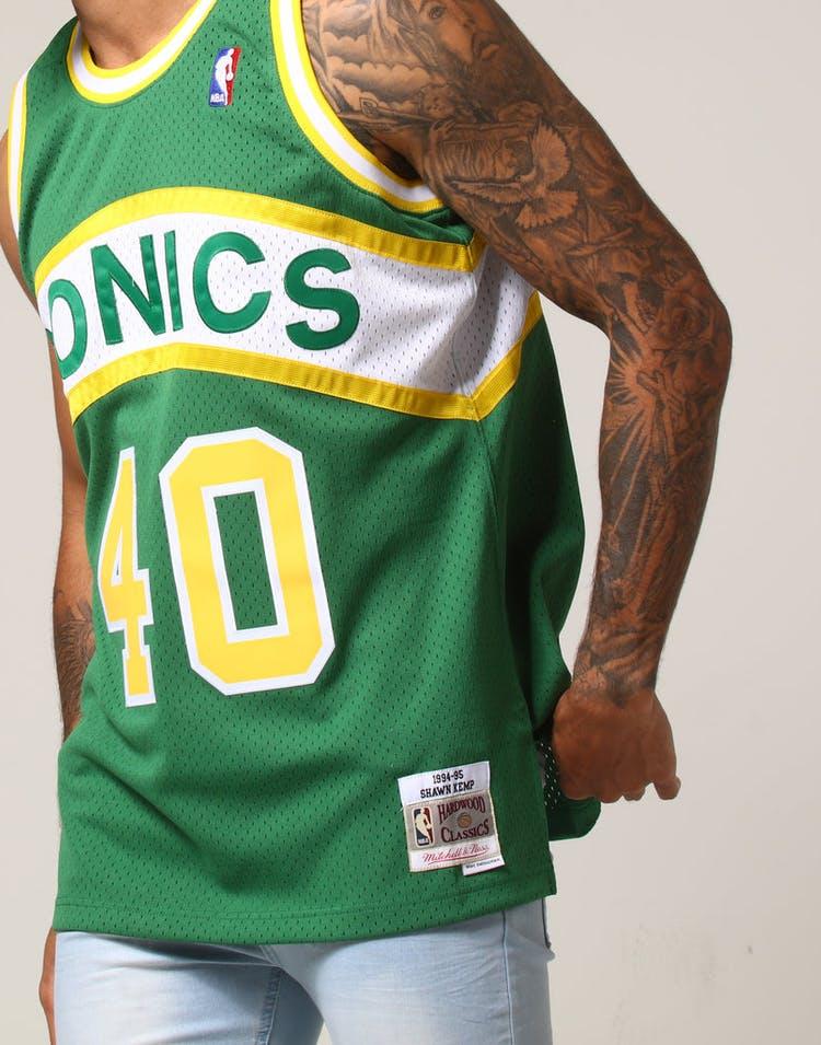 d66815839dd Mitchell   Ness Seattle Supersonics Shawn Kemp  40 NBA Jersey Green ...