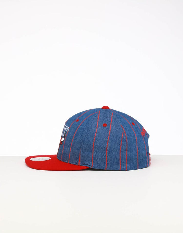 Mitchell & Ness Chicago Bulls Low Crown Retro Snapback Denim Pinstripe